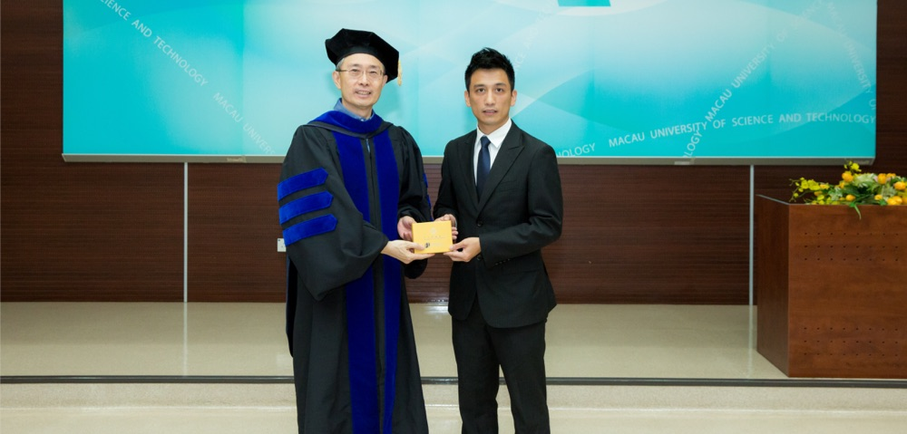 Distinguished alumnus Mr. Liu chaorong was present Graduation Ceremony of FI