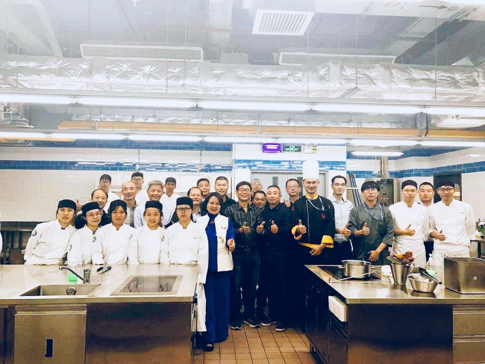 "Shun De Federation & Commercial Union Association of Macao ""the World's Cities of Gastronomy (China) Gathering at Hou Kong—Celebrity Chef Exchange Event"" Held at M.U.S.T."